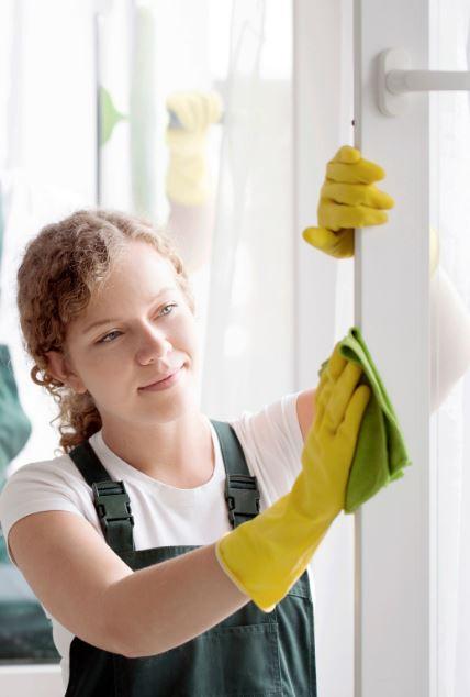 PVC ramen onderhouden